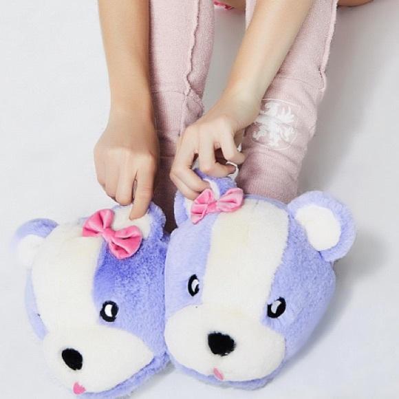eaac73571958 Lazy Oaf teddy slippers
